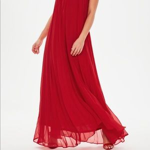 ♦️Missguided Red maxi dress. Size 0♦️
